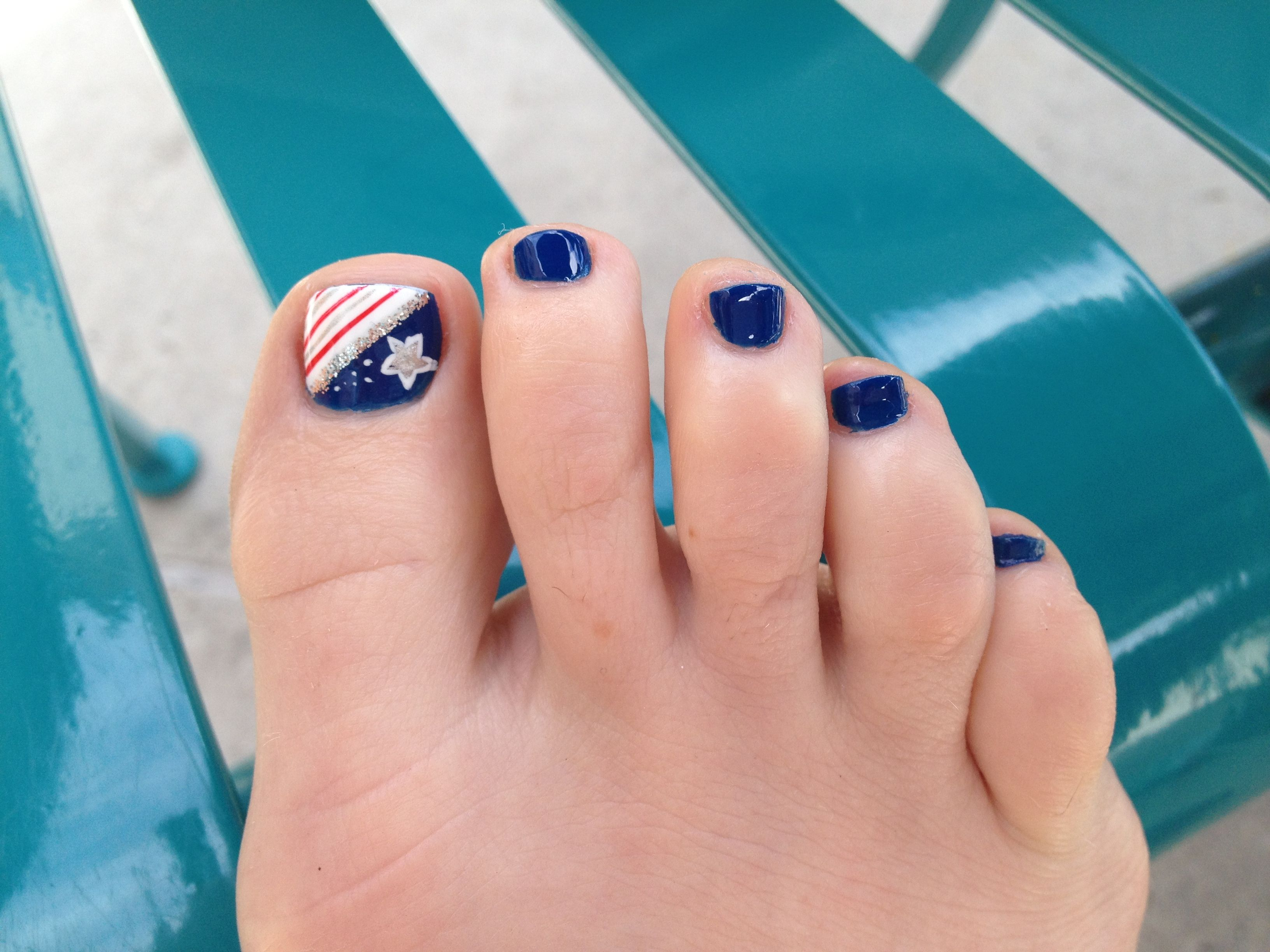 4th of July patriotic nails | Genny Lee designs personal posts ...