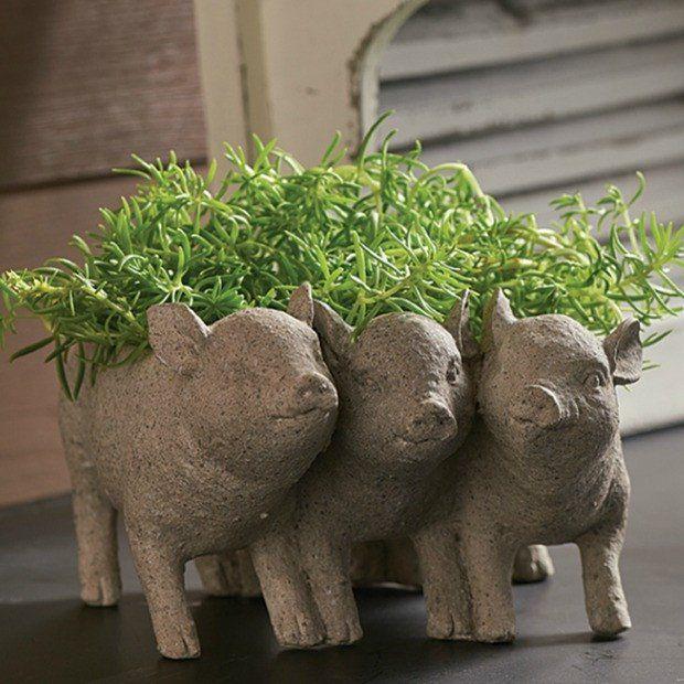 Three Little Pigs Ceramic Planter