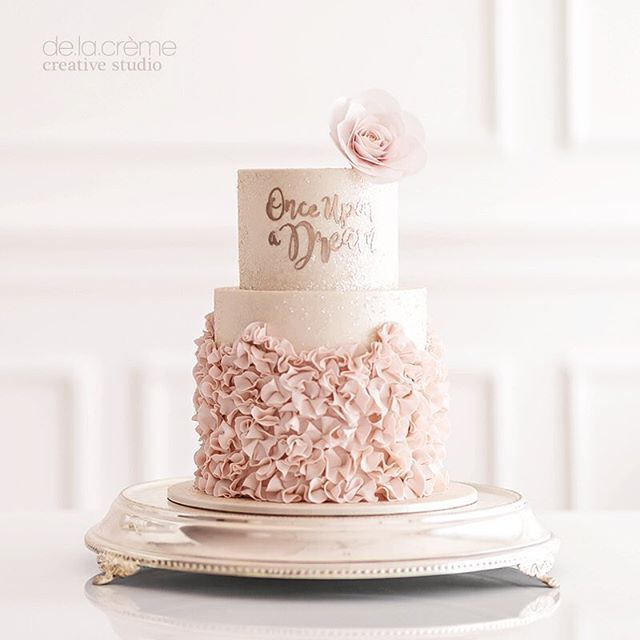 a post from once upon a dream cake perfect for a fairytale bridal shower sigh we really love this one