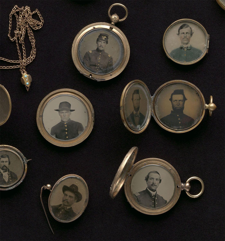 d30631dd8e1ec Antique Portrait Lockets - Civil War Soldiers | Daguerreotypes ...