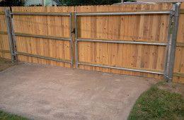 Fencetrac Privacy Fence Builder Arrow Fence Company Tulsa Oklahoma Fence Builders Building A Fence Privacy Screen Outdoor