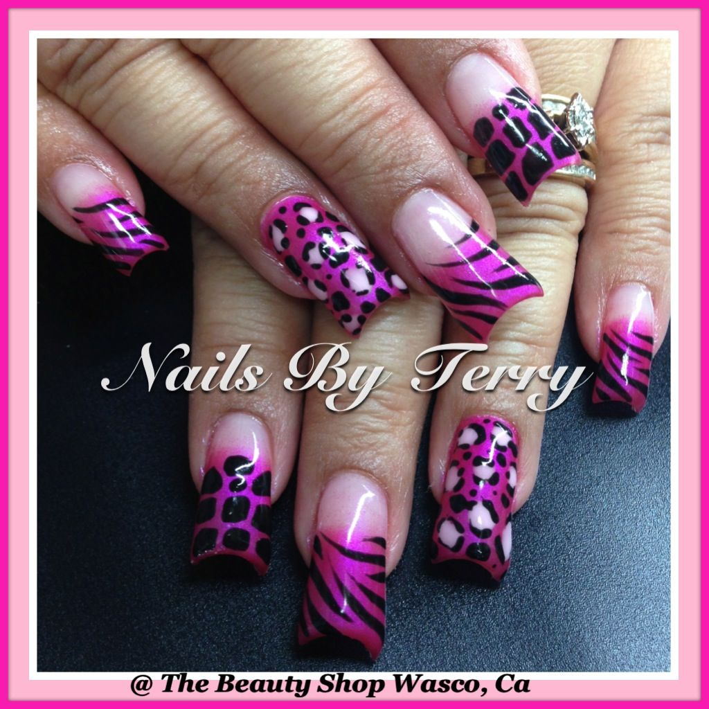 Pink animal print | Animal print nail art by Terry | Pinterest ...