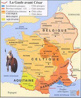 La Gaule avant César. - VERCINGETORIX. 3 La guerre des gaules. 3.1: SITUATION DE LA GAULE AU 1°s AV JC, 3: Après la conquête du midi de la France, la Transalpine, dans les années -125/-122, de nombreux traités commerciaux avaient ébauché des liens importants avec Rome. La Gaule comprend alors plus de 60 peuples, dont certains trés connus, comme les ARVERNES; les Eduens, les Séquanes, les Rèmes.