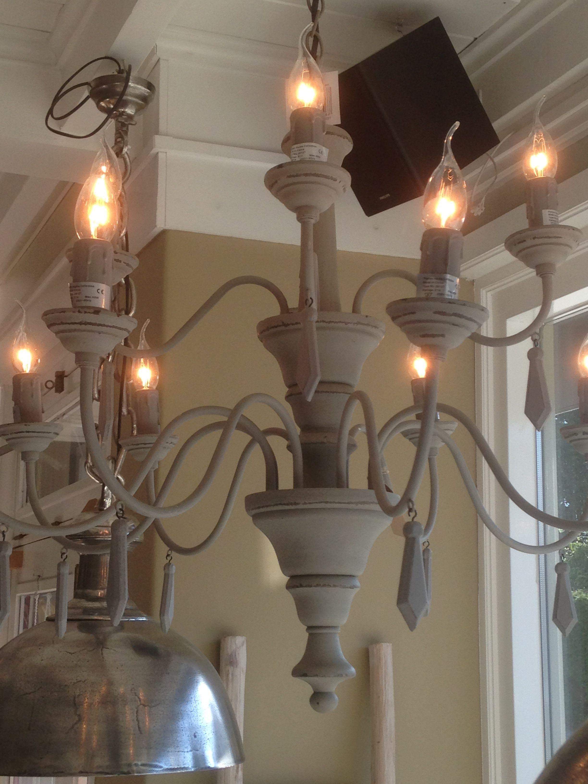 Kroonluchter grijs woon idee n pinterest grijs for Lampen en verlichting