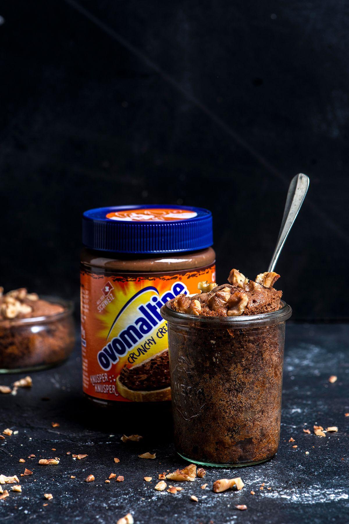 Ovomaltine Hefezopf mit Crunchy-Cream-Füllung   ovomaltine.de