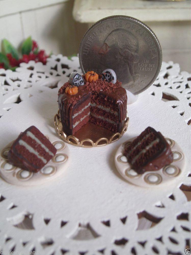 Dollhouse Miniature half Inch Scale Graveyard Cake by CSpykersMiniatures