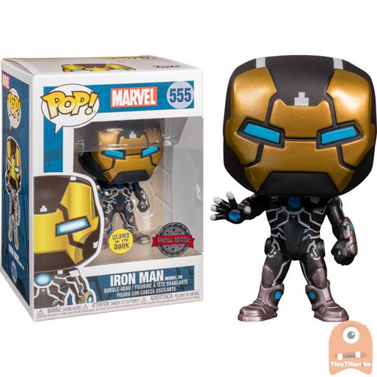 Pop Marvel Iron Man Model 39 Gitd Mk39 555 Exclusive Funko Pop Tiny Titan En 2020 Marvel Espiderman Man