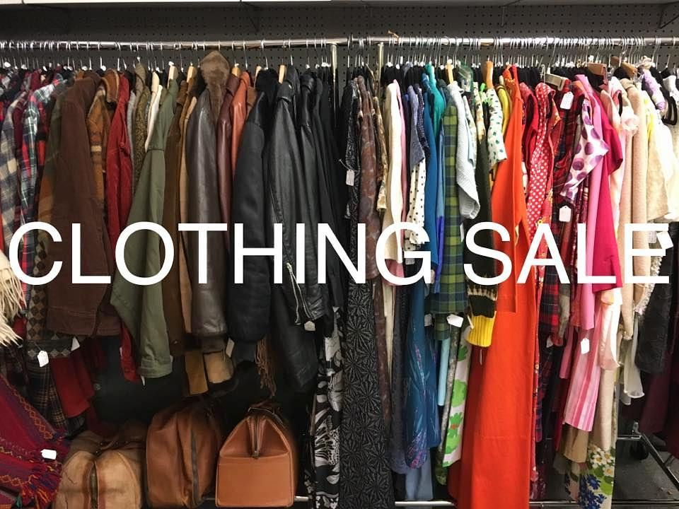 Today Is The Day Broadway Antique Market S Vintage Clothing Sale 20 To 50 Off All Clothing Today Through Vintage Outfits Vintage Fashion Clothes For Sale