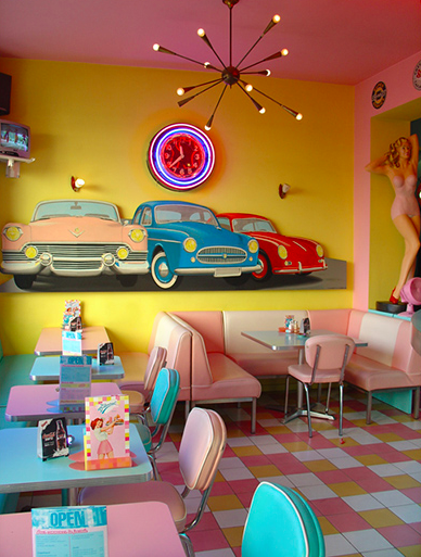 Be inspired by the authentic look and feeling from the 1950's iconic bar settings | www.barstoolsfurniture.com