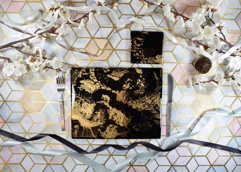Black Gold Resin Art Placemats And Coasters Dining Set Etsy Resin Art Placemats Unique Items Products