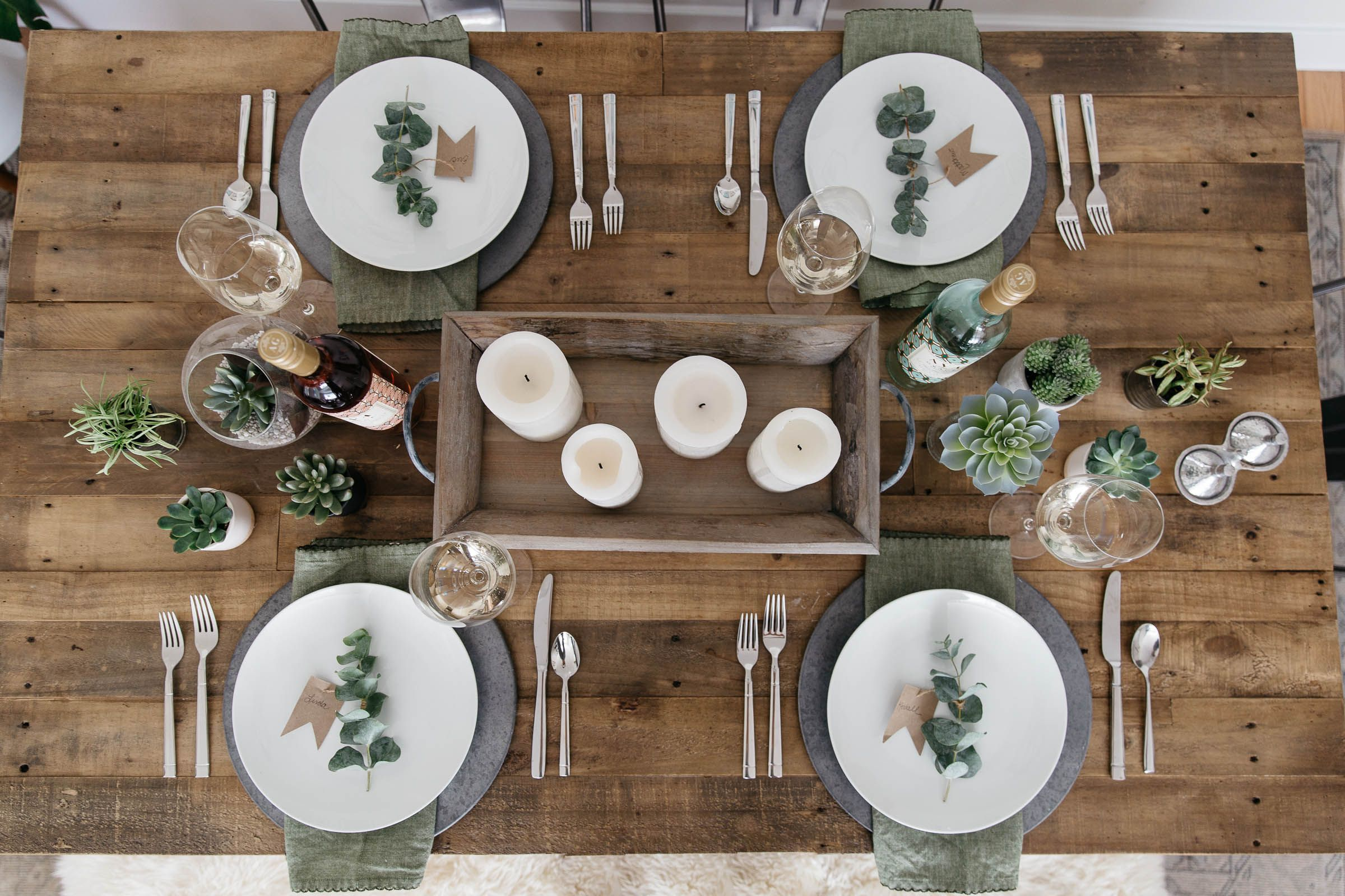Minimalistic Spring Tablescape & Wine Pairing - Styled Snapshots | Spring  tablescapes, Tablescapes, Vintage table setting