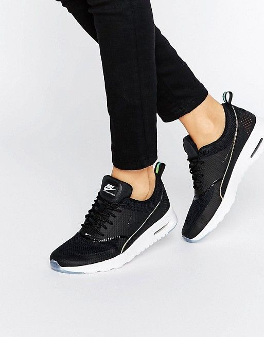 huge selection of a2b16 e3128 Discover Fashion Online Air Max Sneakers, New Sneakers, Black Sneakers, Nike  Roshe Trainers