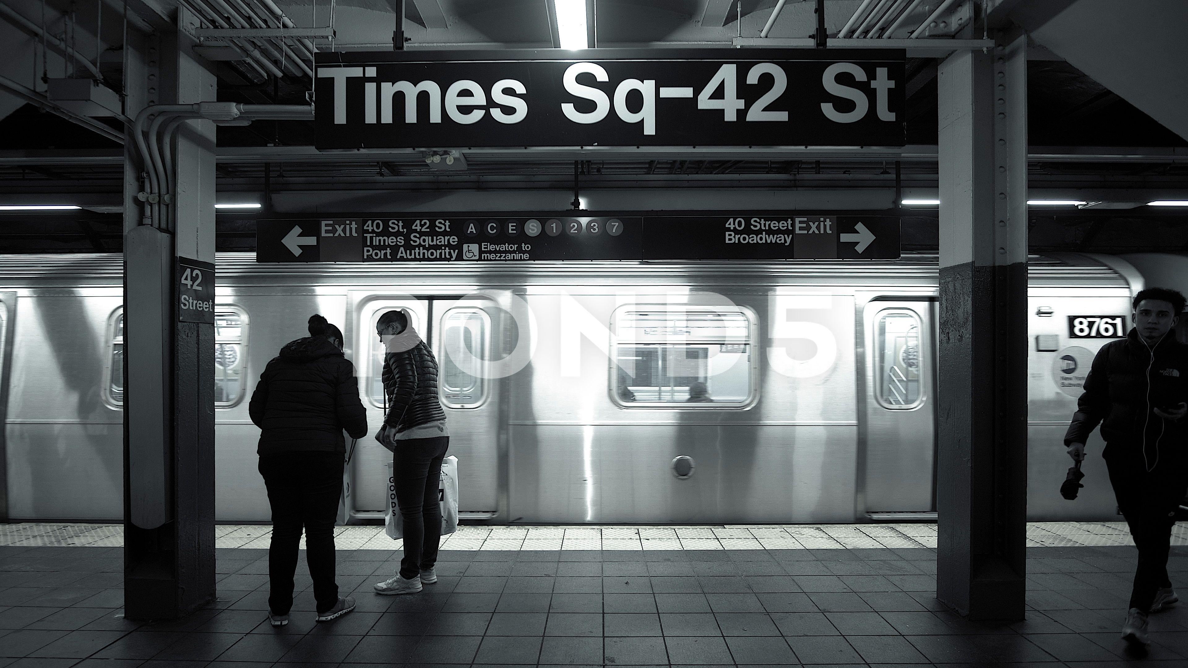 Times Sq 42 St New York Ny