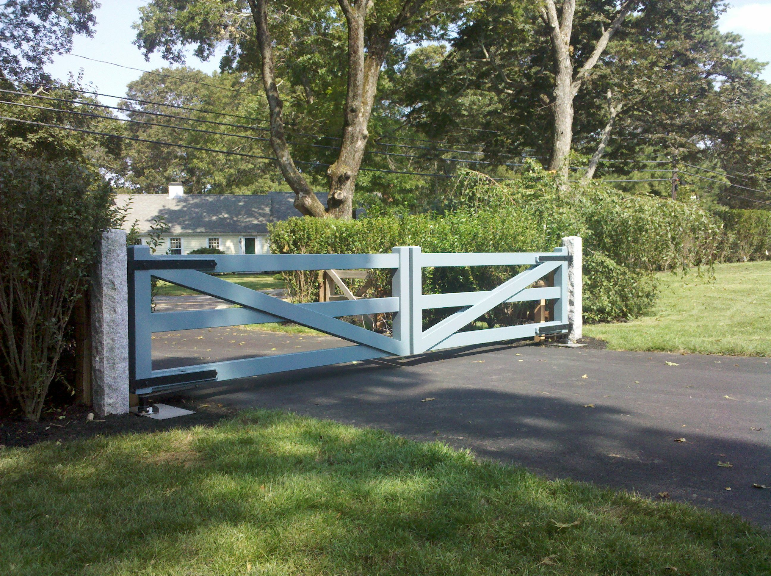 New England Woodworkers, Custom Fence Company For Picket Fences, Privacy