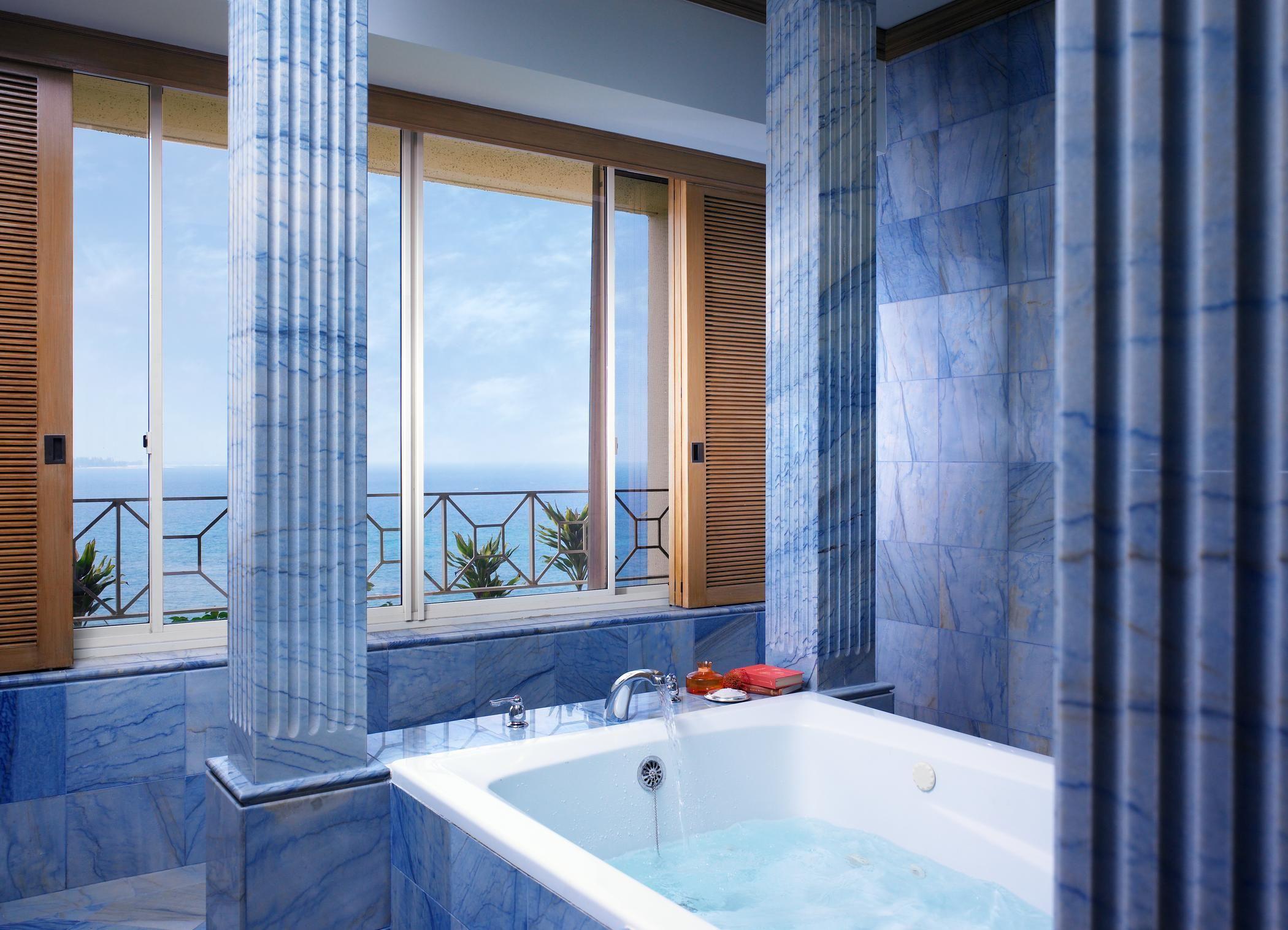 Bathroom at the presidential suite pre renovation at the st regis - Kauai Luxury Resort Presidential Suite Bathroom