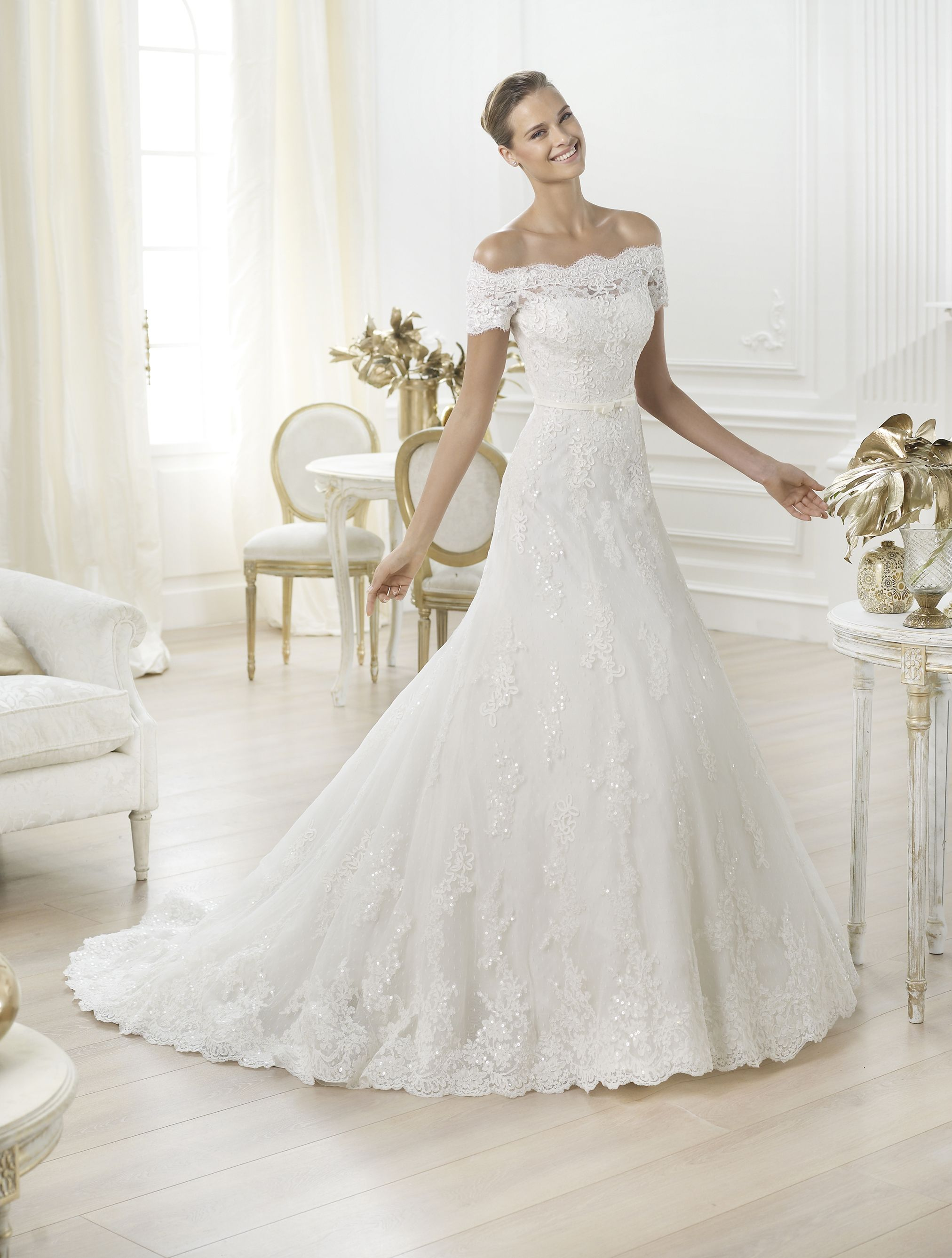 Image result for cele mai frumoase rochii de mireasa din lume explore lace wedding dresses uk lace weddings and more ombrellifo Gallery