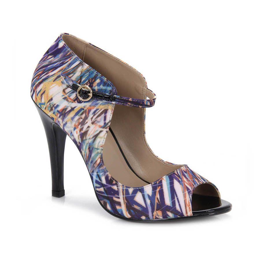 Summer Boots Feminina Sensuale  Achei um charme, ando bem interessada em cores.