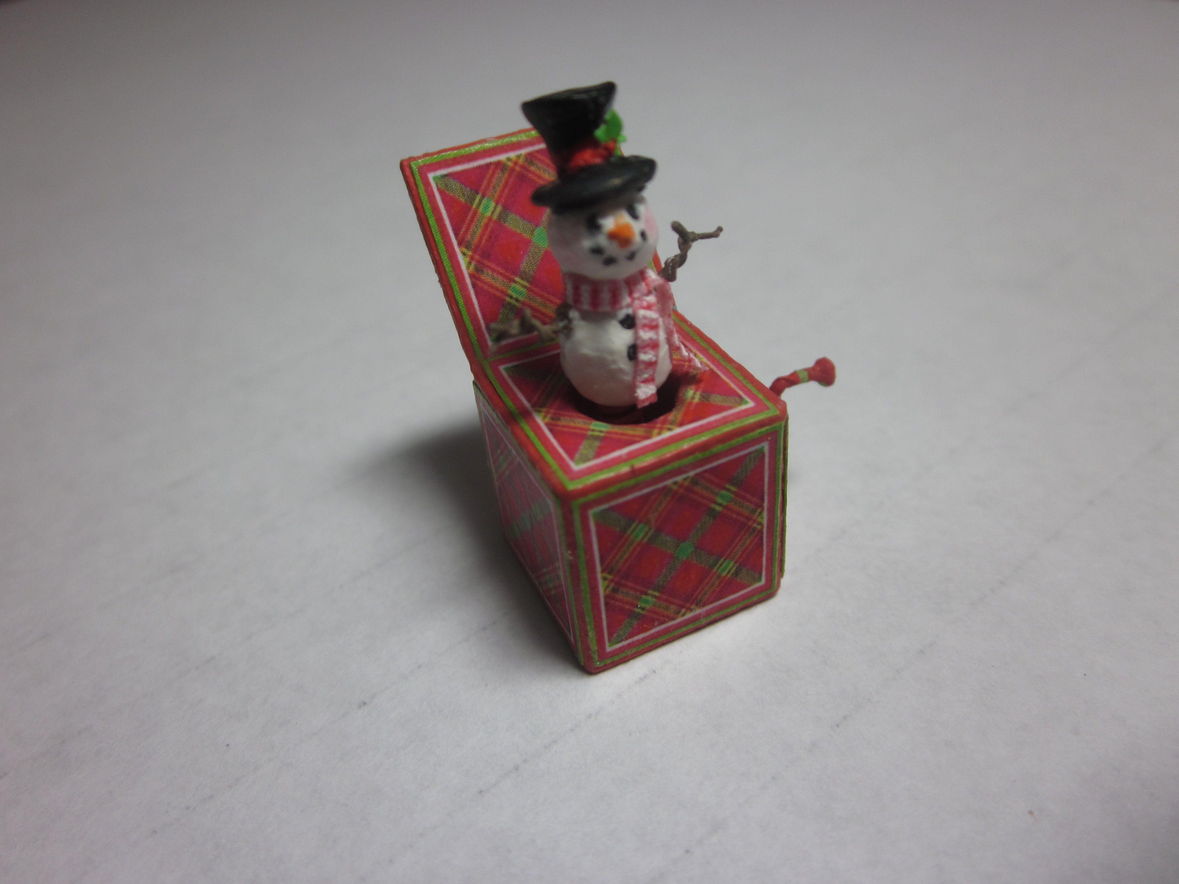 Miniature Dollhouse FAIRY GARDEN Accessories ~ Tiny CHRISTMAS Toy Jack in Box