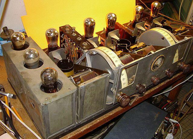 1920s Radios With Images Radio Vintage Radio Jukeboxes