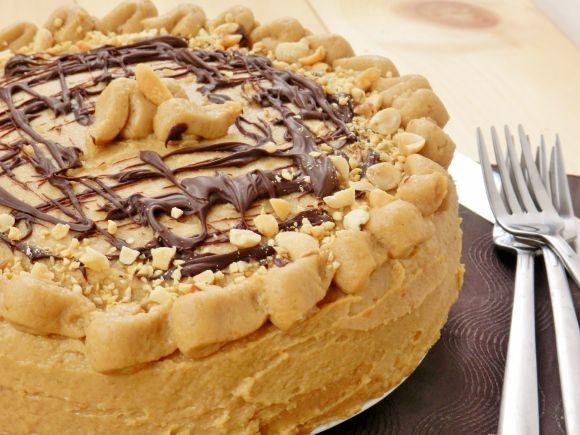 Healthy pb and chocolate cake