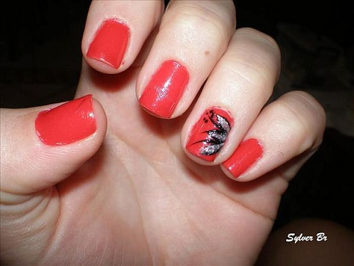 Prev Next Tips Using Red Nail Polish Designs Nails Design Silver