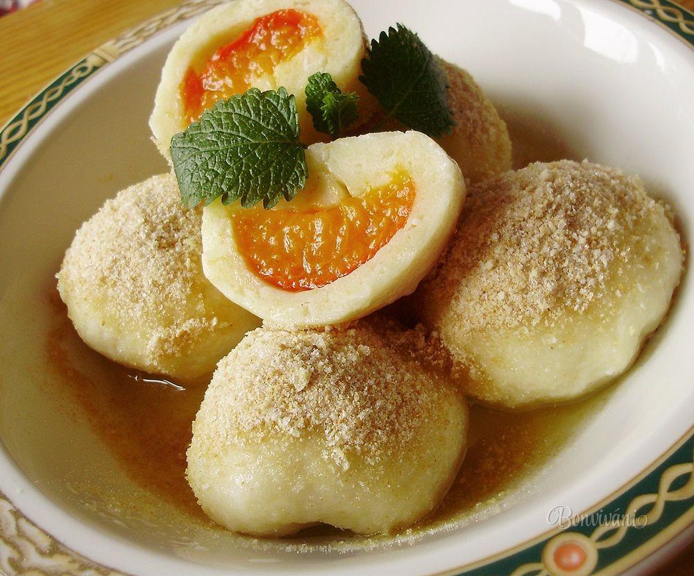 Tvarohové knedlíčky s marhuľami • recept • bonvivani.sk