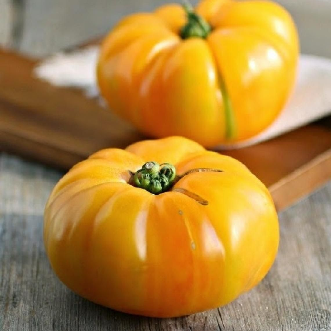 Brandywine Yellow Tomato Seeds Buy Seeds By The Packet 400 x 300
