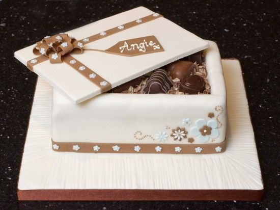 Adu chocboxlid1a 4 3 800 todo con chocolate pinterest boxes of cake negle Images