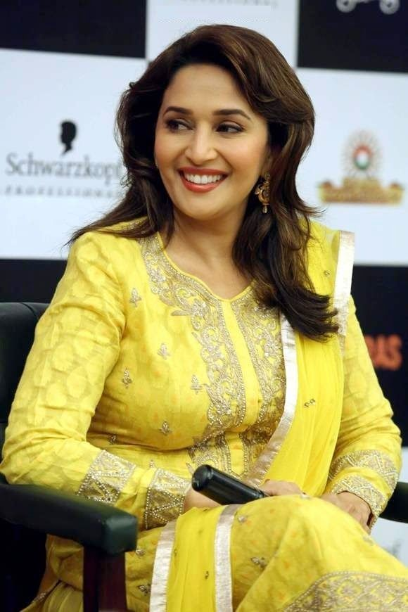 Madhuri Dixit Hd Wallpaper Madhuri Dixit Bollywood Actress 1280960