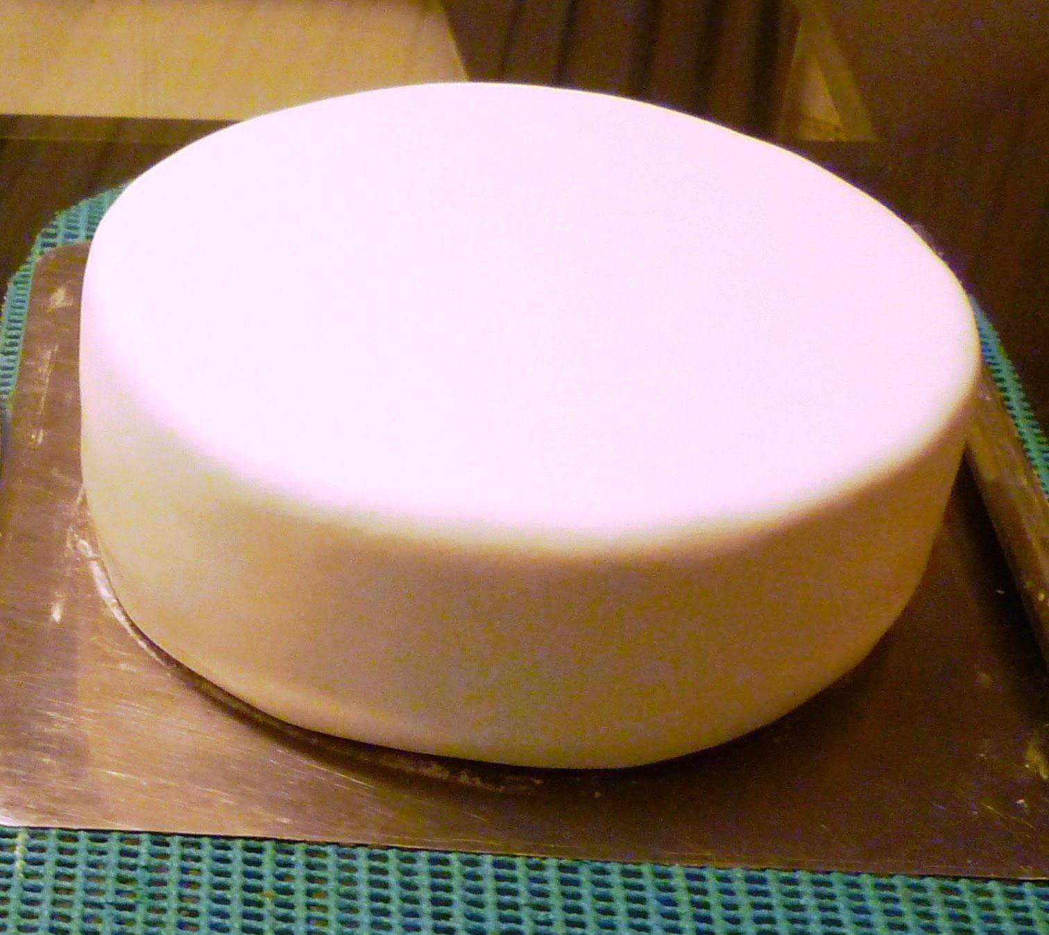 C mo rellenar una torta para ser cubierta con fondant y - Como limpiar los cristales para que queden perfectos ...