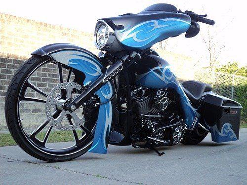 Camtech Custom Baggers Cobalt Blue on Black Street Glide by Camtech Customs