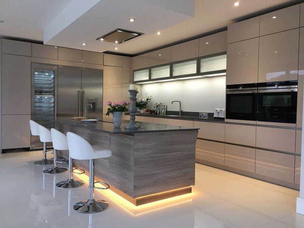 50 Stunning Modern Kitchen Design Ideas - HOMYHOMEE