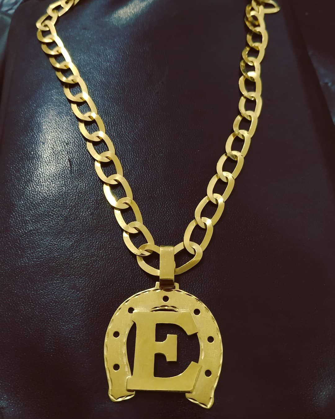 Pin By S On Cordao Gold Jewelry Gold Necklace