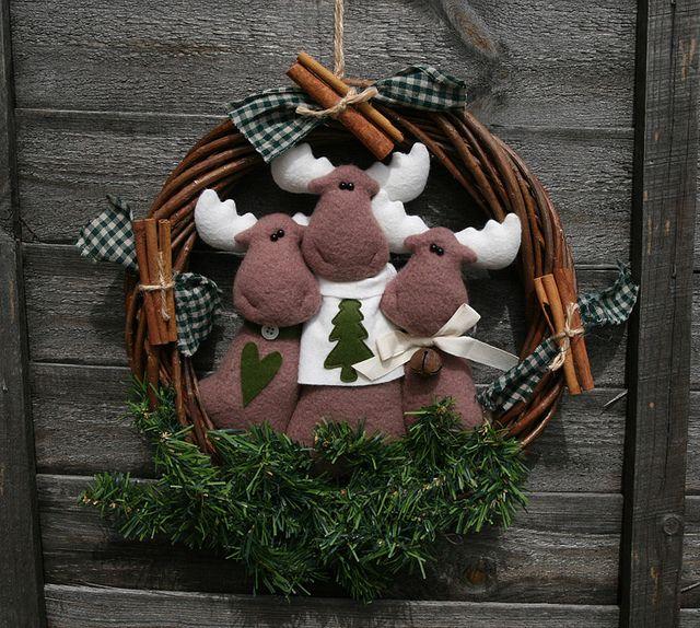 Corona 3 rennine - mooses wreath Corona, Wreaths and Moose - moose christmas decorations