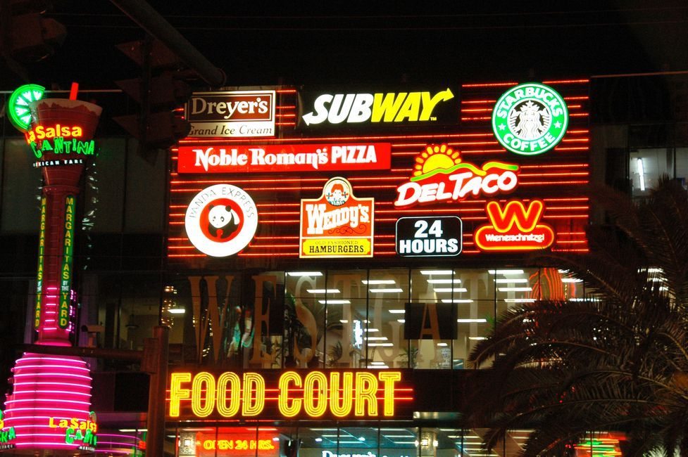 Find Cheap Food In Vegas And Save Your Dough For The
