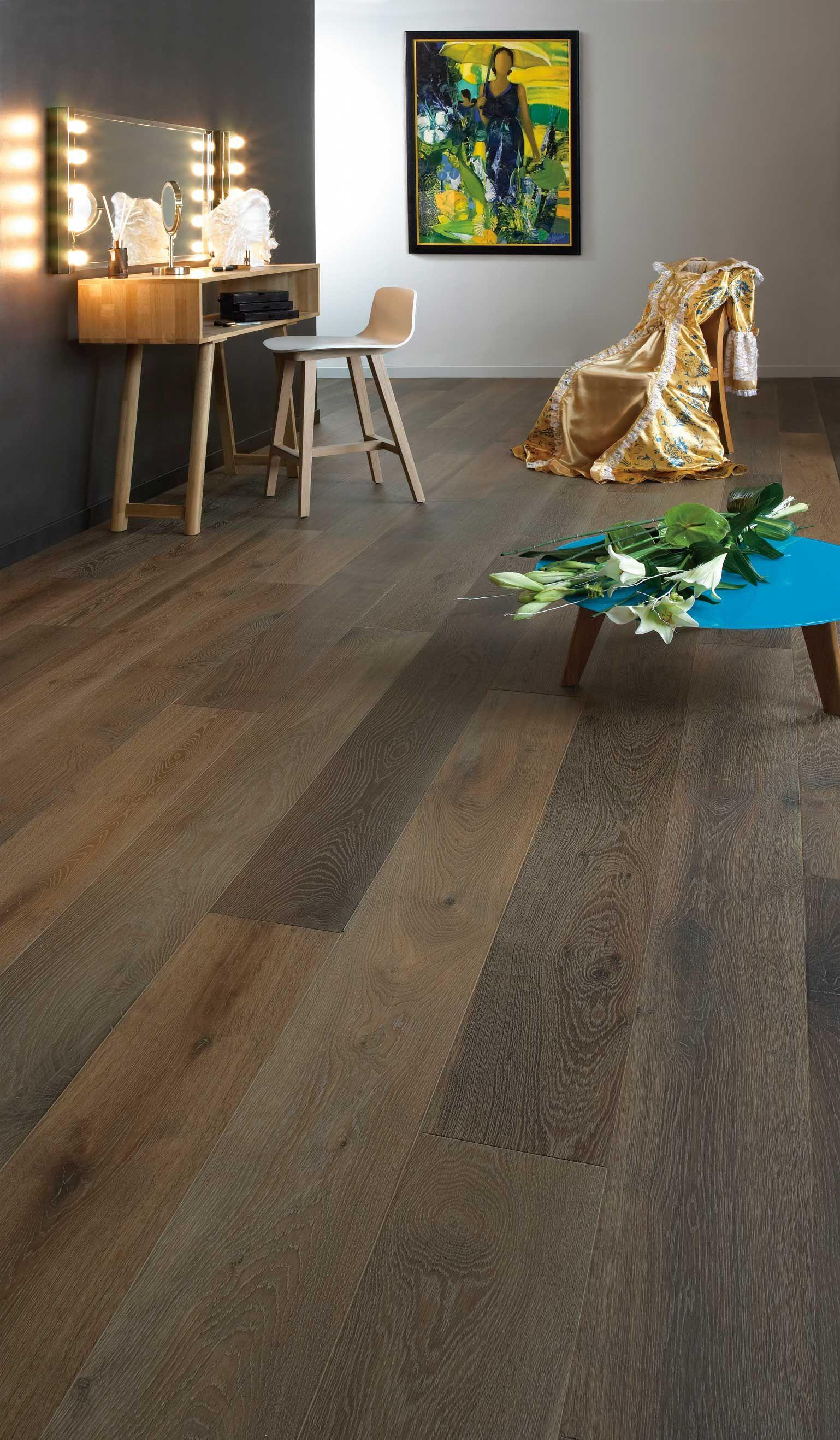 parquet carpanthians fum et huil gris en lame large de 190 mm sera parfait dans les. Black Bedroom Furniture Sets. Home Design Ideas
