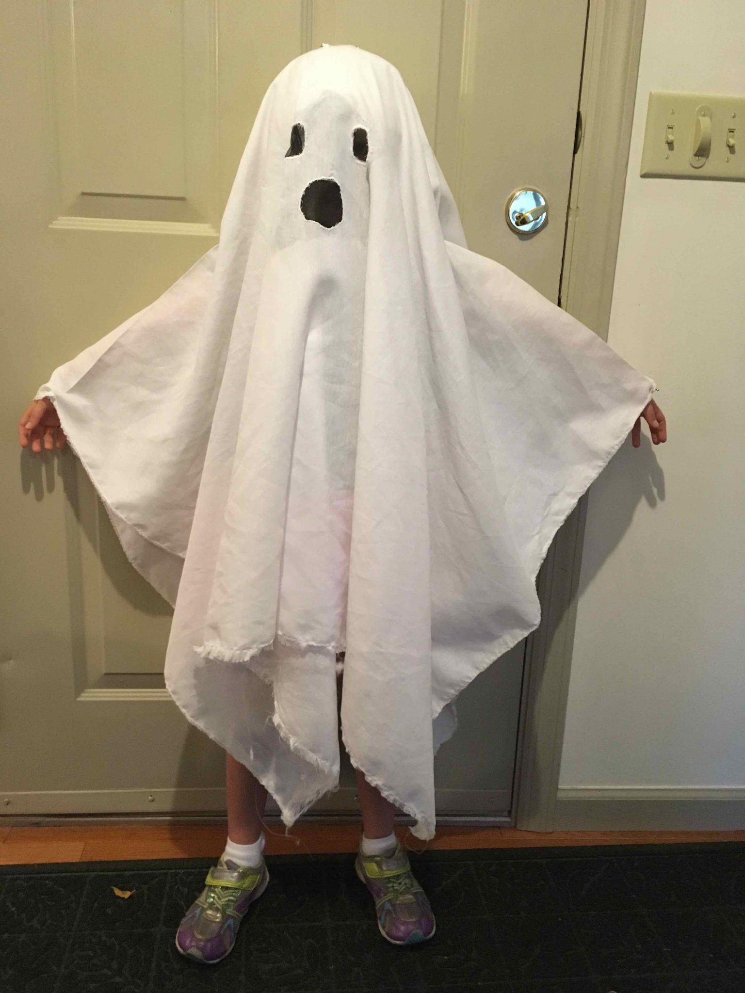 How To Make A Ghost Costume (It's Harder Than You'd Think