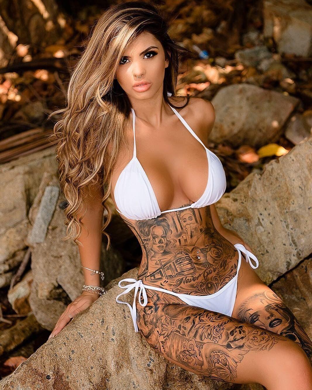 Tattoo girls nackt heiße Tattoo HD
