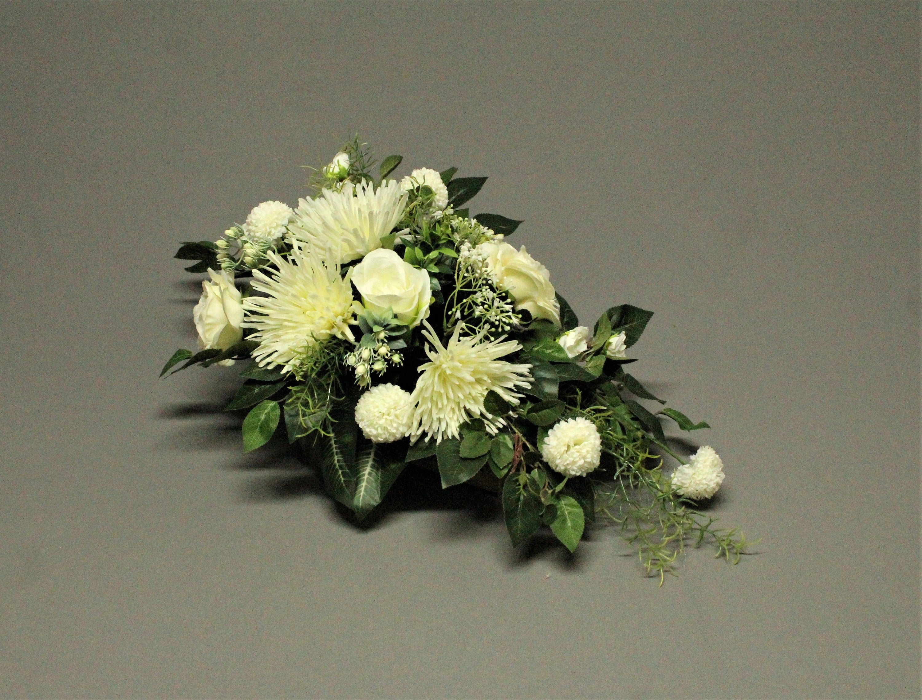 Tombstone Decoration Artificial Flowers Decoration For Monument Tomb Reed Cemetery Decorations Feast Of The Dead Mourning Decorations Cemetery Decorations Artificial Flowers Funeral Flower Arrangements