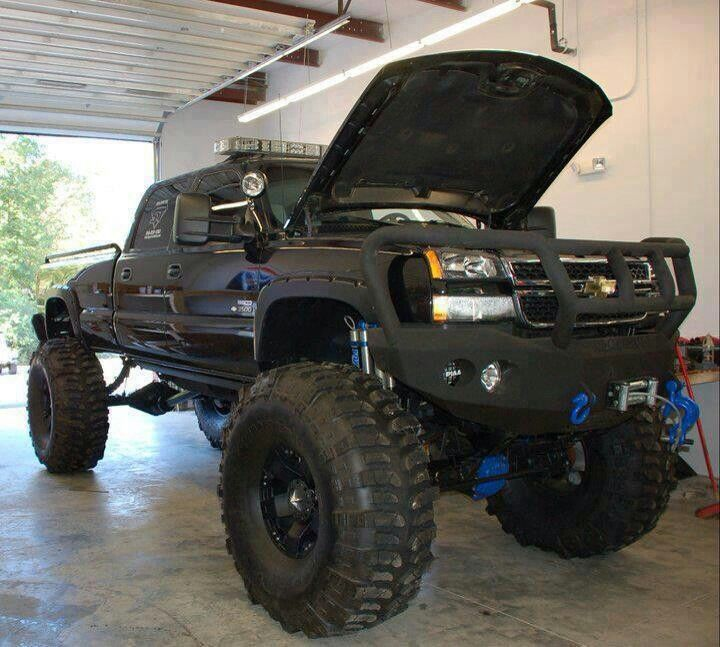 2004 Tahoe Lifted >> Pimped Out Chevy Trucks | www.pixshark.com - Images Galleries With A Bite!