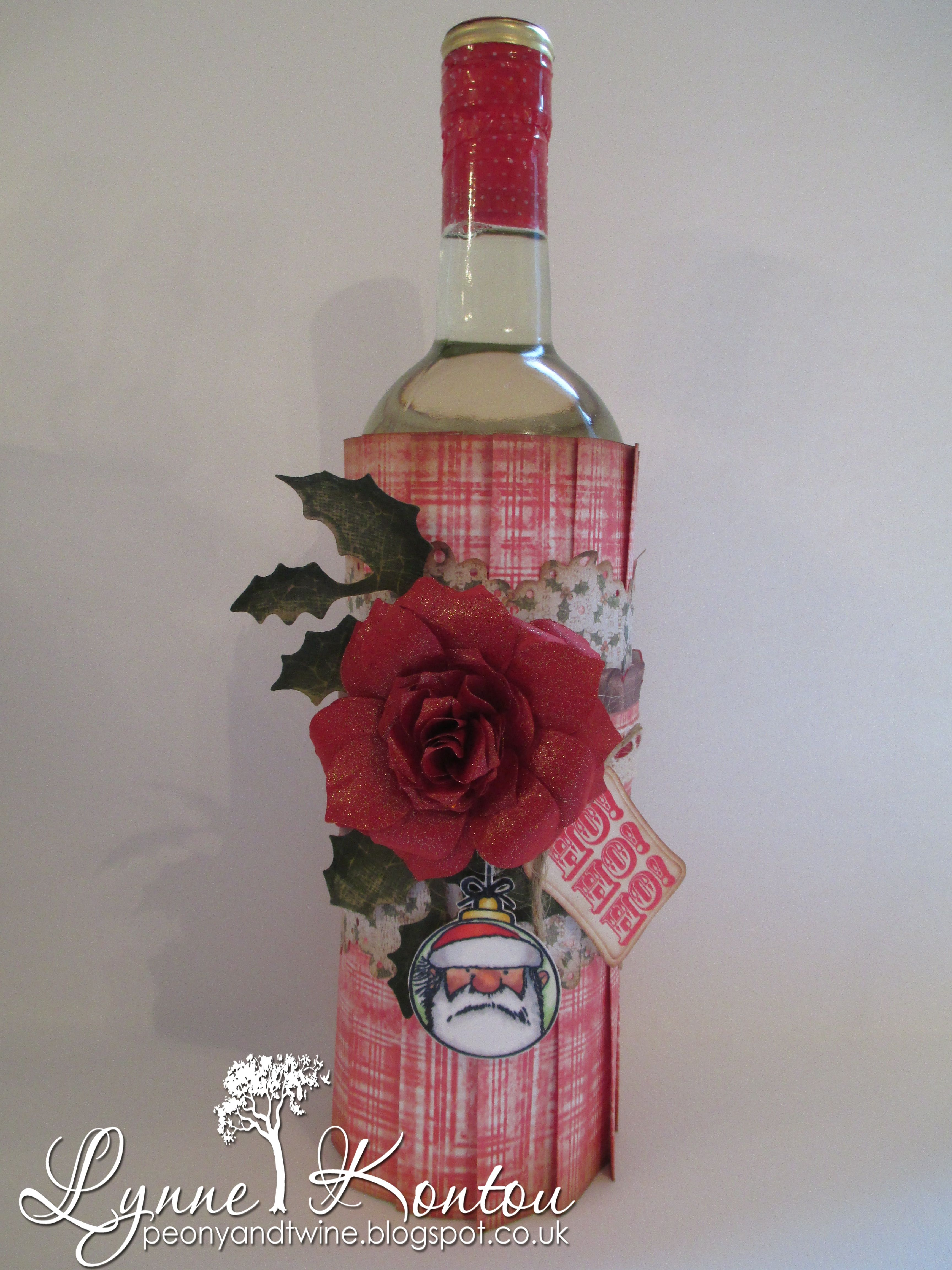 Wine Bottle Cover Die Sire Decorative Die Scalloped Tags Die Sire Border Die Lace Border 1 Christmas Gifts To Make Bottles Decoration Wine Bottle Covers