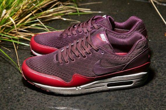 Nike Mens Shoes Nike Air Max 1 EM Trainers London City Pack Red Mahogany