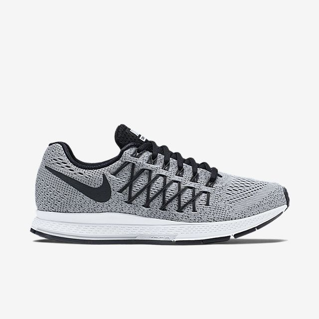 Nike Air Zoom Pegasus 32 Women's Running Shoe.