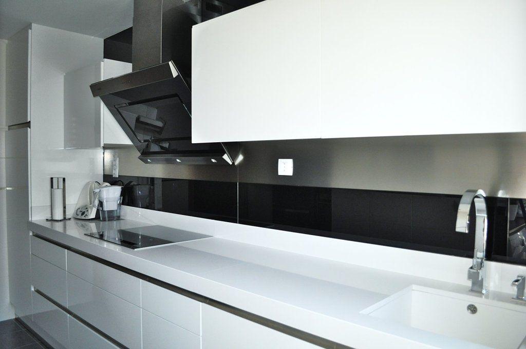 Concurso cocinas del foro house for Cocinas schmidt vitoria