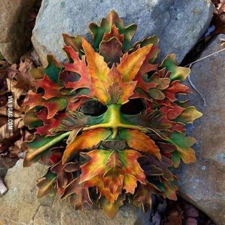 Majestic leaf art