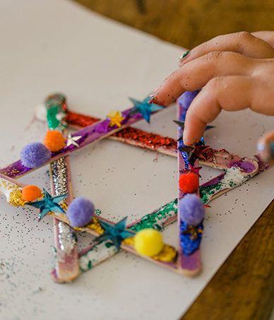 Weihnachtsdeko selber basteln! Ideen findet Ihr auf meinem Kinderblog #weihnachtsdekobasteln