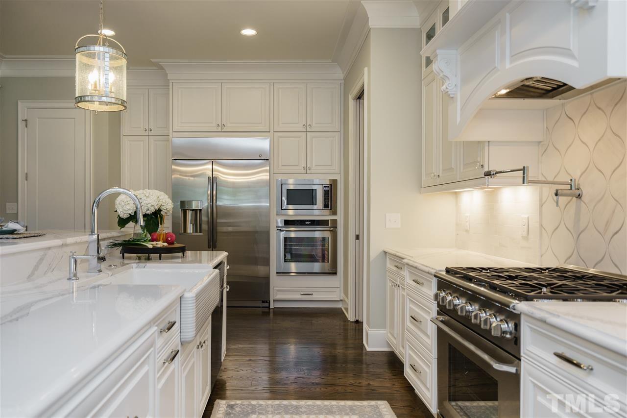 416 Calderbank Way Cary Nc Fonville Morisey Real Estate Kitchen Home Home Decor