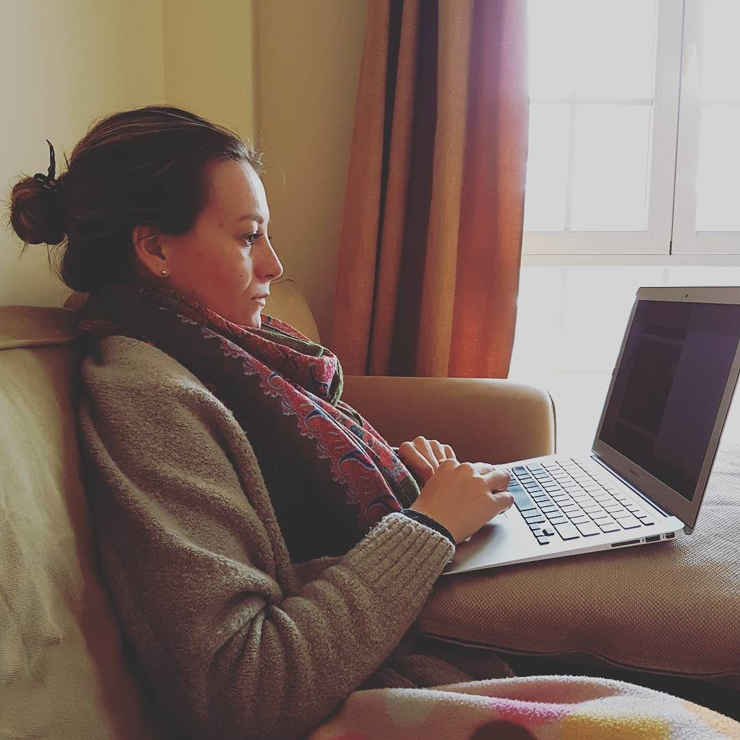 La #señora trabajando en su #blog @hcinnamon @dama_rdc by cucas86