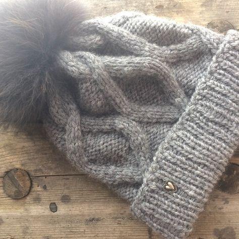 Winter Mütze Anleitung Zopfmuster selbstgestrickt #bonnets