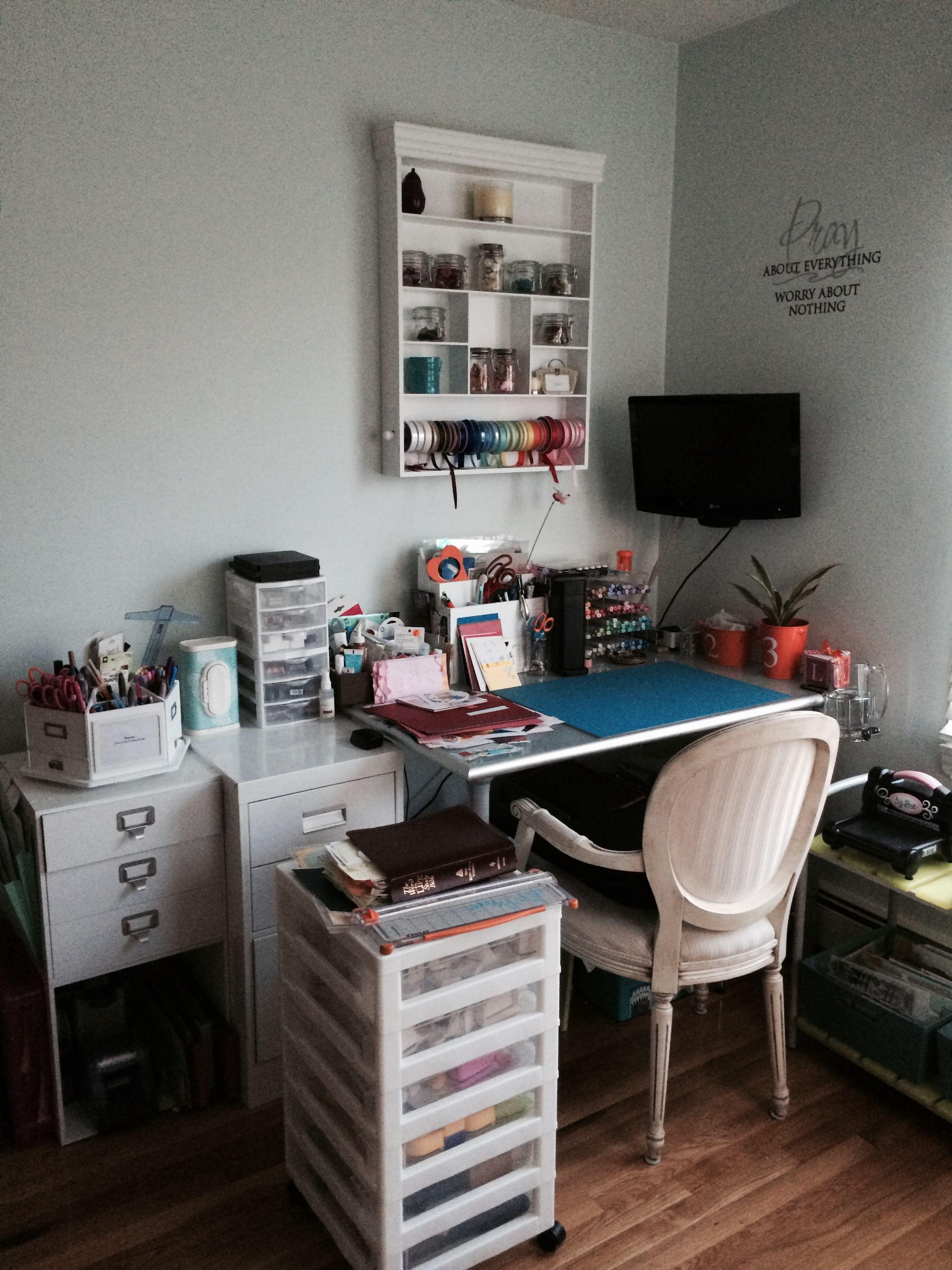 Newly Organized Scrap Room Scrapbook Com Craft Room Desk Scrapbook Room Organization Craft Room Design